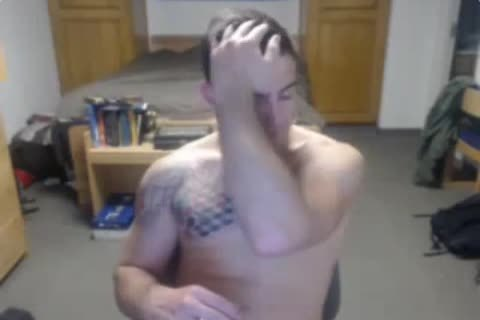 A Boyish lusty Stright guy With Great Muscles Cums On amateur webcam