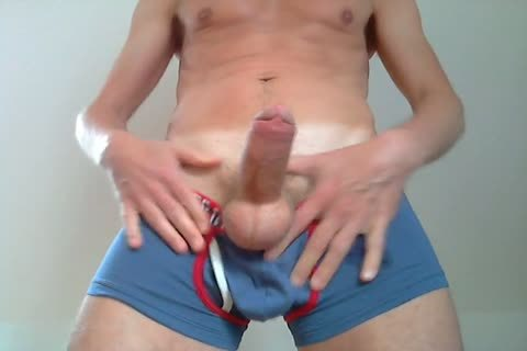 Showing A biggest Bulge In My BIKKEMBERGS Pants, Squeezing Some Precum through The Fabric Of The Pants, Squeezing My nipps, leaking And Eating a lot of Precum, Talking A Little filthy To u, Playing With My Foreskin, Squeezing My Balls And Edging, Edg