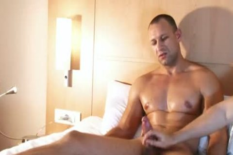 athletic Male receives Filmed Hard In His Hotel Room In Spite Of Him !