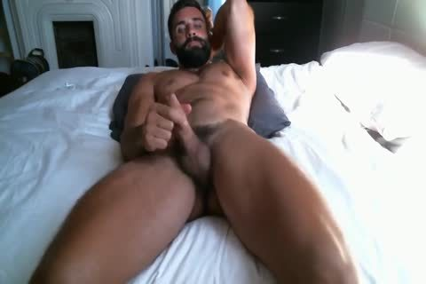 delicious chap Jerks Off In bed